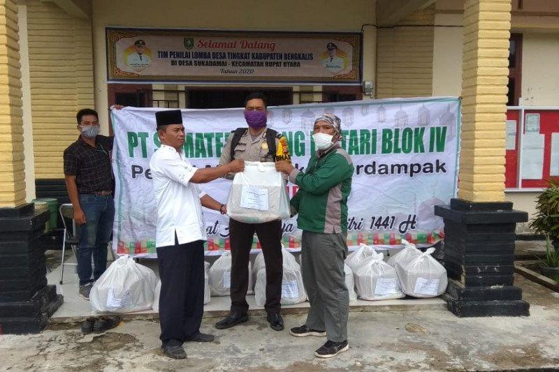 PT. SRL bantu 300 paket sembako kepada warga Rupat