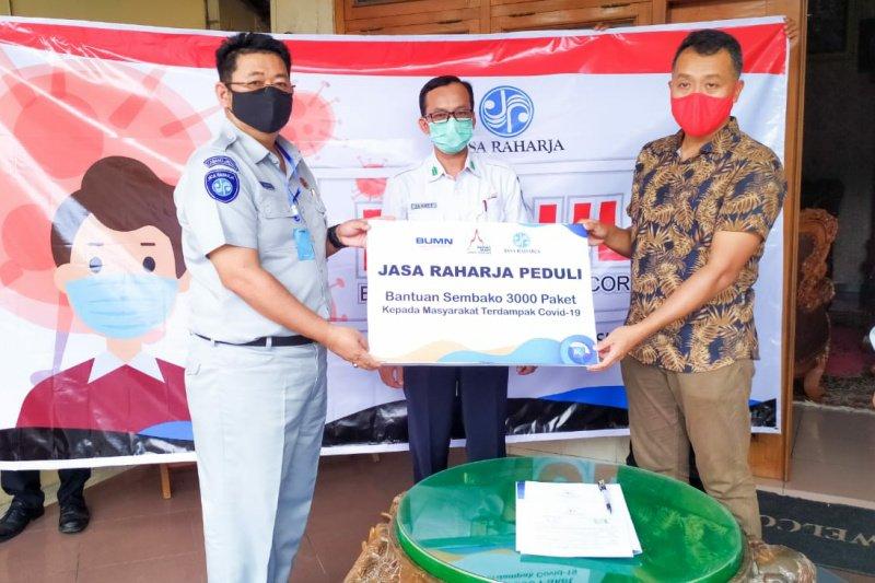 Jasa Raharja bagikan 3.000 paket sembako di Grobogan