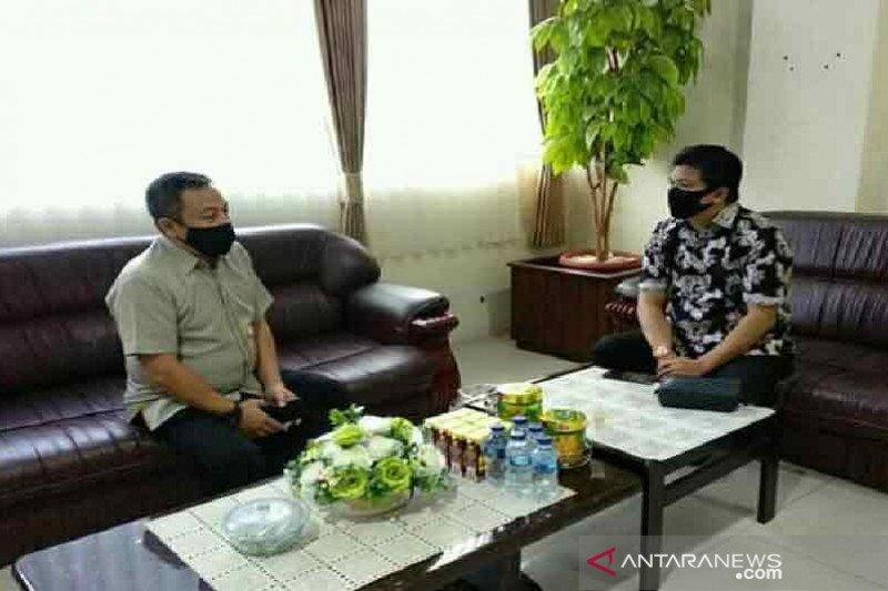 Anggota DPD cek stok kebutuhan pokok jelang Lebaran di Sulteng