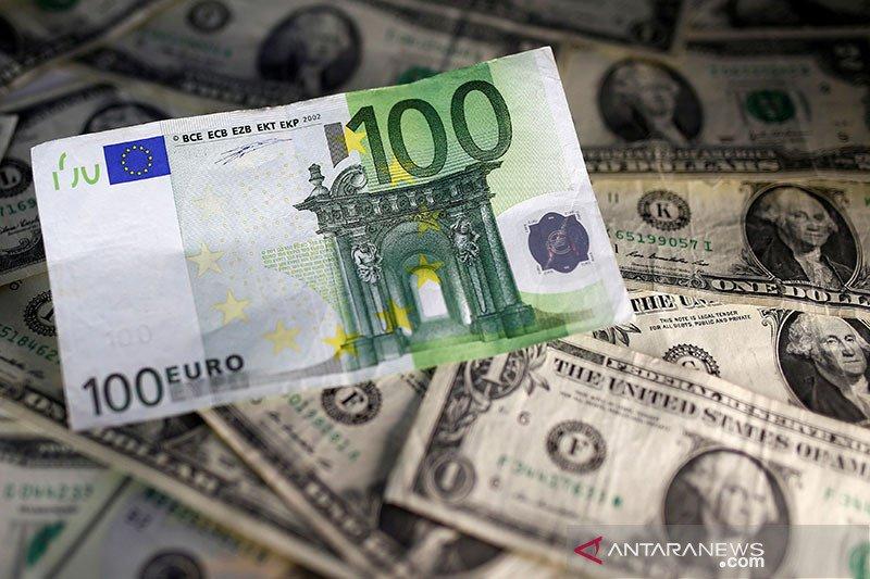 Dolar AS jatuh tertekan kenaikan sentimen risiko dan pengutan euro