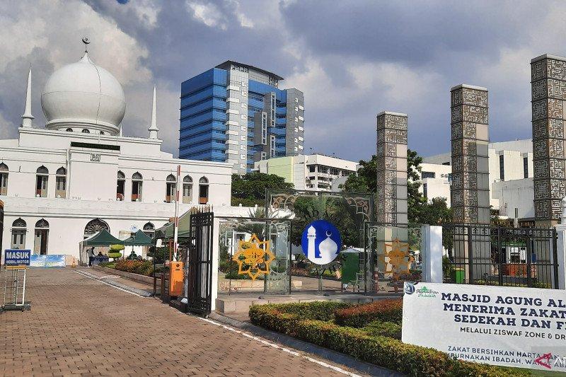 "Masjid Agung Al Azhar Jaksel siapkan takjil ""drive thru"""