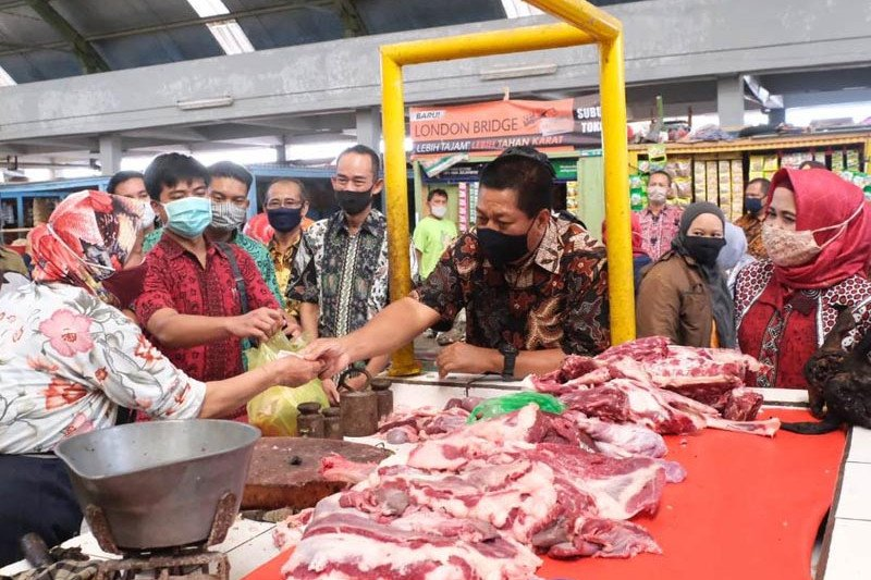Wali kota Magelang  ingatkan warga belanja kebutuhan Lebaran secukupnya