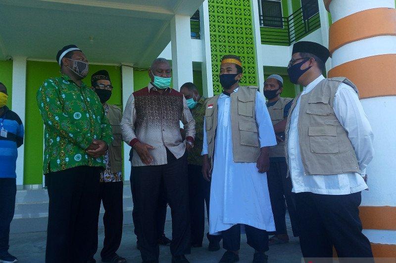 MUI ajak warga Muslim Papua Barat taati pemerintah