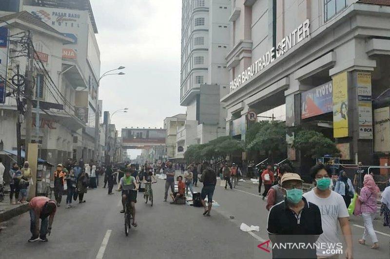 Pemkot Bandung pasrah, kerumunan pasar masih terjadi