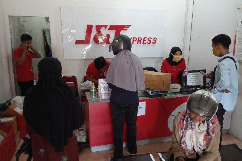 Pengiriman paket barang di Agam meningkat drastis jelang Lebaran