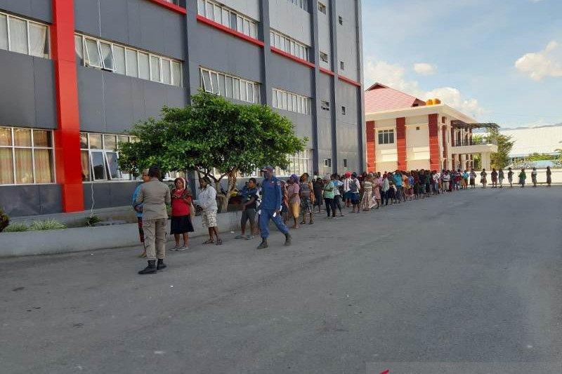 Pemkab Jayawijaya bantu 1.651 pedagang Papua