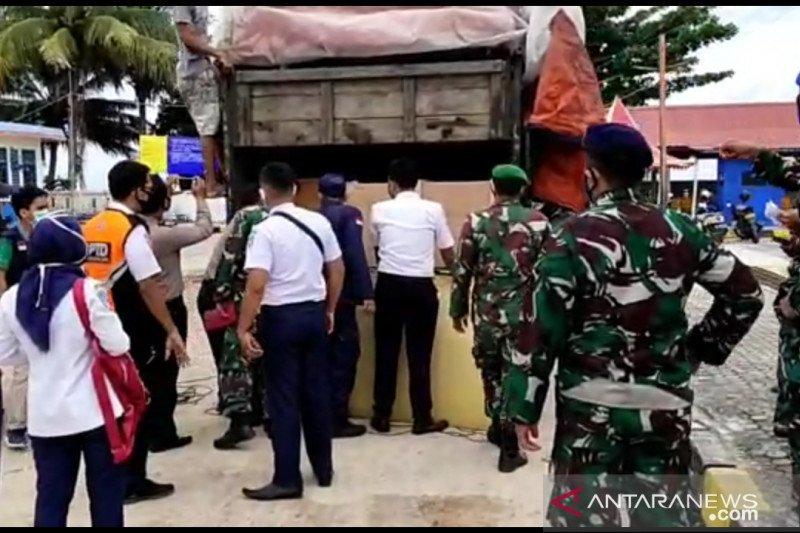 Modus, truk dimodifikasi angkut penumpang ilegal tujuan Tanjung Api-Api Sumsel tertangkap di Tanjungkalian
