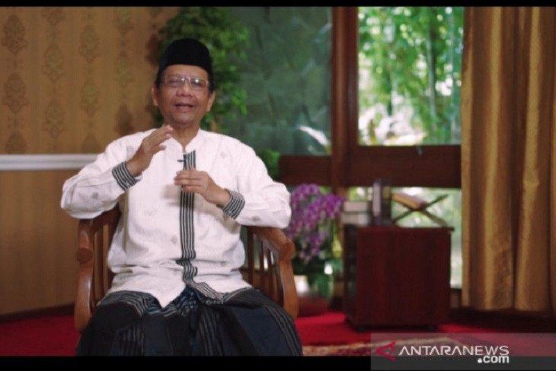 Menko Polhukam Mahfud MD imbau umat Islam lakukan Shalat Idul Fitri di rumah