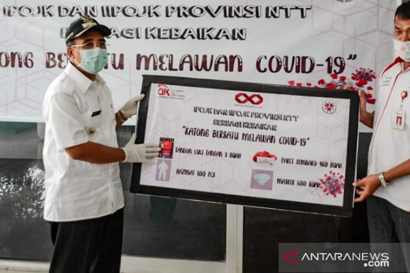OJK NTT bantu warga terdampak COVID-19