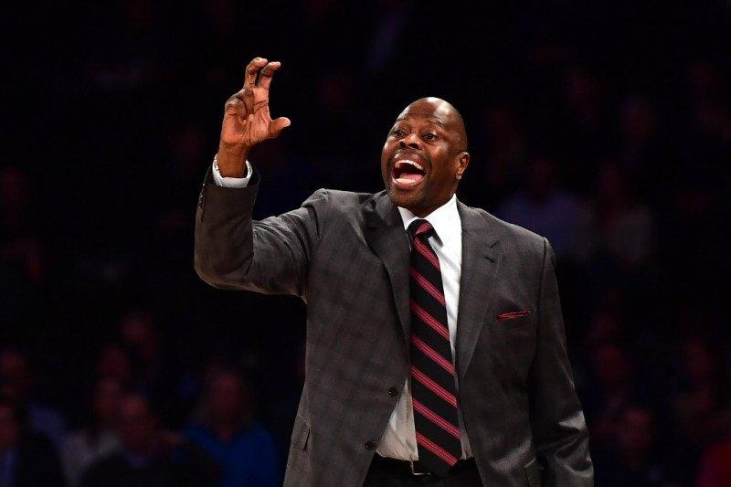 Legenda NBA Patrick Ewing mengaku terpapar positif COVID-19
