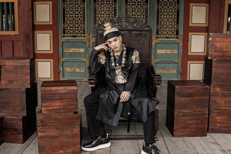 """Suga BTS """"Agust D"""" kuasai tangga lagu iTunes"""
