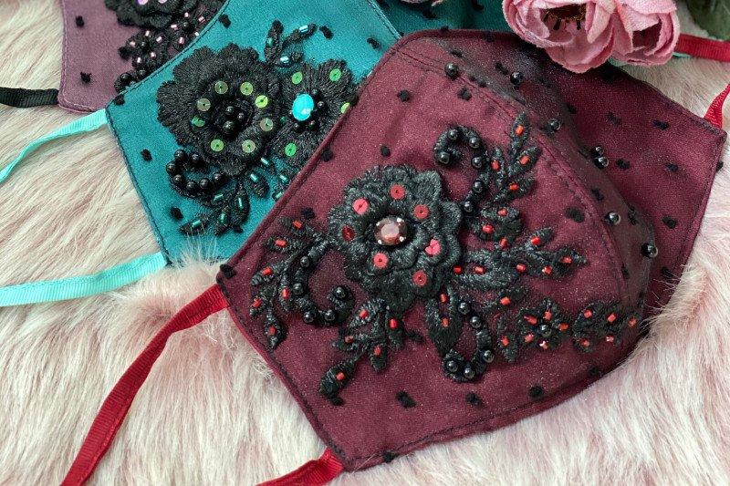 Ini enam kreasi masker elegan nyaman dan aman dipakai saat Lebaran