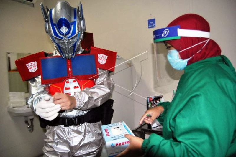 Dokter Gunakan APBD Superhero