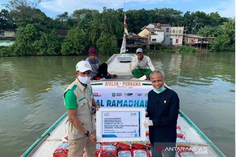 Wabup Pangkep apresiasi kapal ramadhan salurkan bahan pokok ke pulau