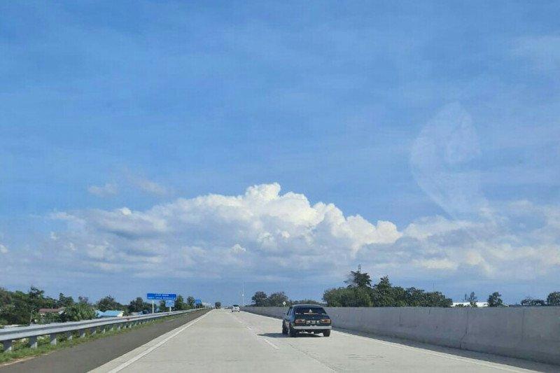 Jalan Tol Trans Sumatera ruas Bakauheni-Terbanggi Besar sepi kendaraan
