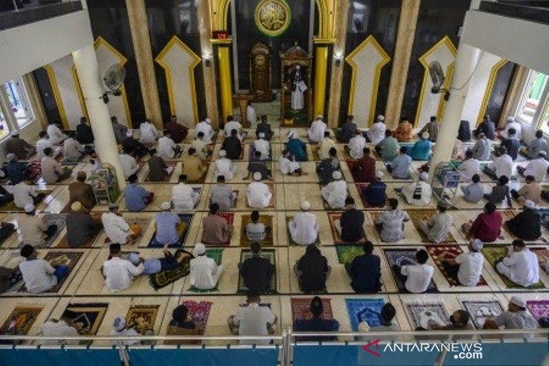 Shalat Idul Fitri di Palu