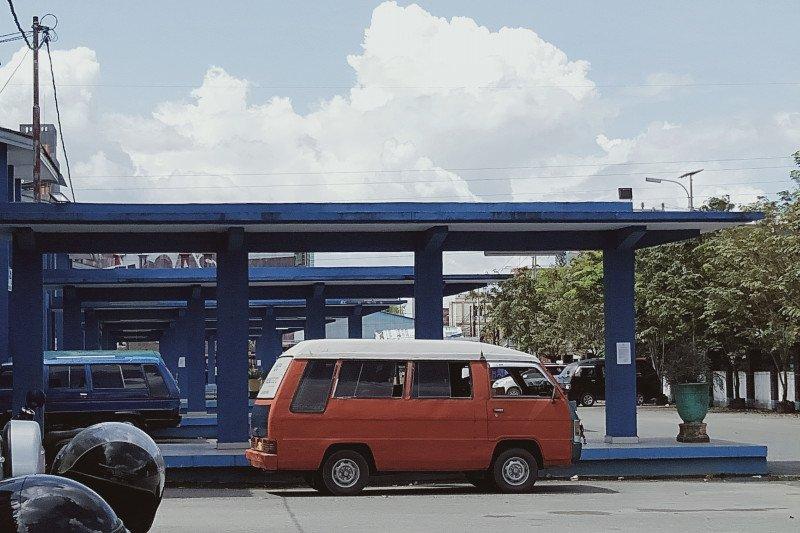 Angkutan dalam kota tak beroperasi karena sepi penumpang