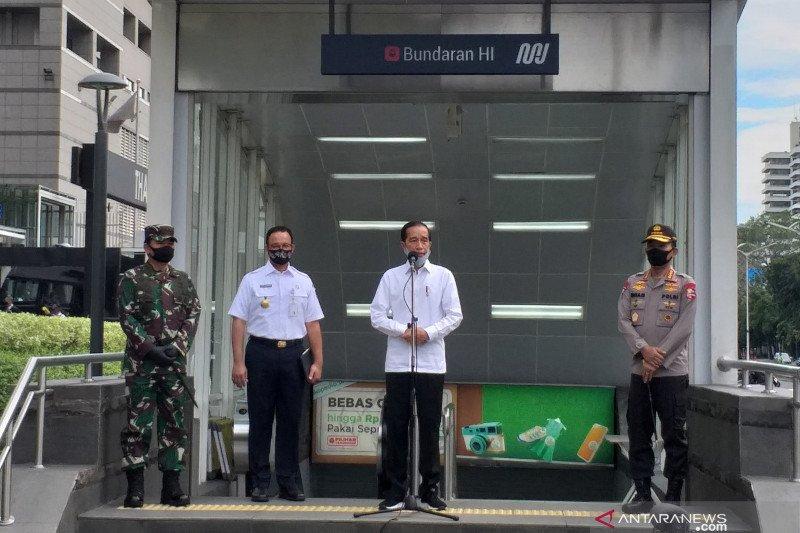 Presiden Jokowi tinjau kesiapan normal baru di stasiun MRT HI Jakarta