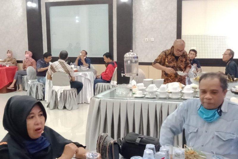DPRD Sumbar gelar halal bi halal di tengah pandemi, Polda Sumbar : Ikuti aturan PSBB
