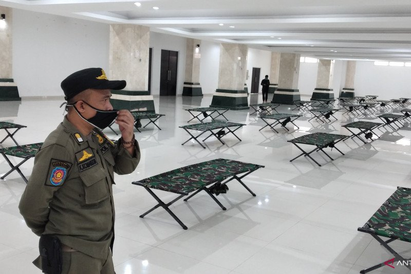 Masjid jadi isolasi pemudik yang balik ke Jakarta