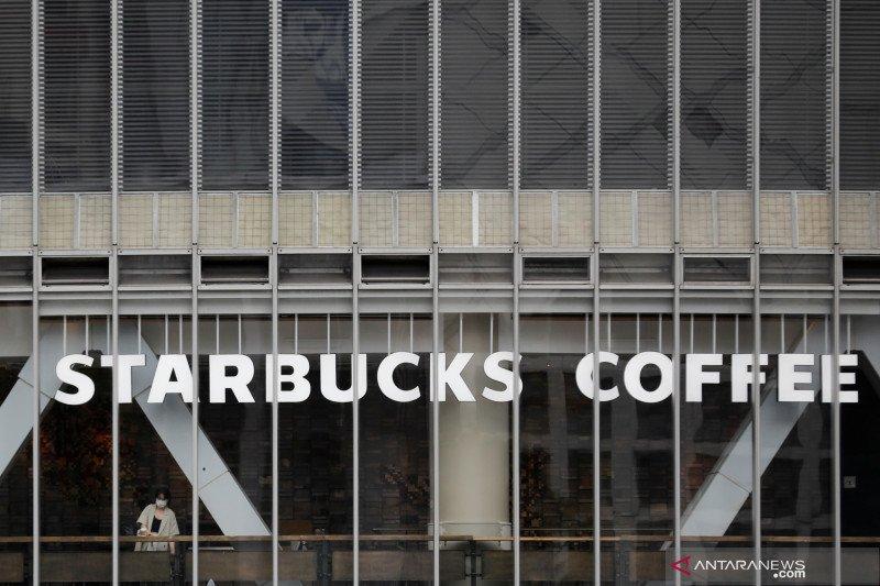 Pengintip pengunjung Starbucks via CCTV mengaku kenal korban