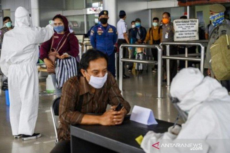Gubernur  batasi perjalanan warga Sulteng dengan transportasi umum