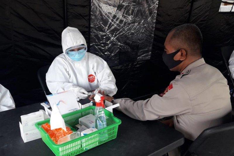 121 personel Polda Papua jalani rapid test  cegah COVID-19 di RS Bhayangkara Jayapura