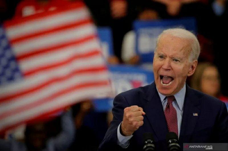 Terkait masker, calon presiden Demokrat Joe Biden serang  Trump