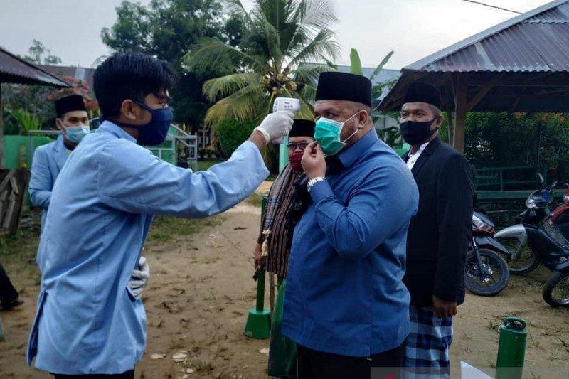 Merayakan Idul Fitri bersama Bupati Inhu di rumah saja