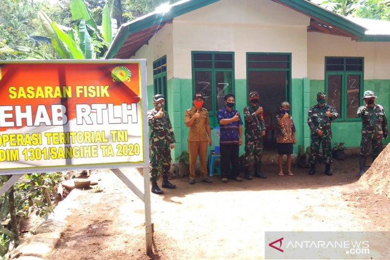 TNI rampungkan pembangunan belasan RTLH di Kepulauan Siau