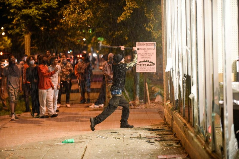 WNI di Minneapolis aman di tengah status darurat akibat kerusuhan