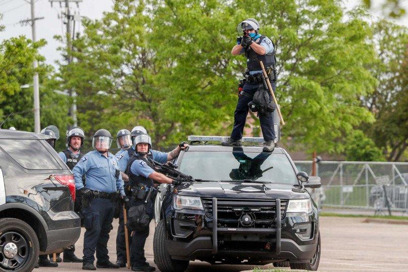 Kepala kepolisian Minneapolis AS meminta maaf pada keluarga George Floyd
