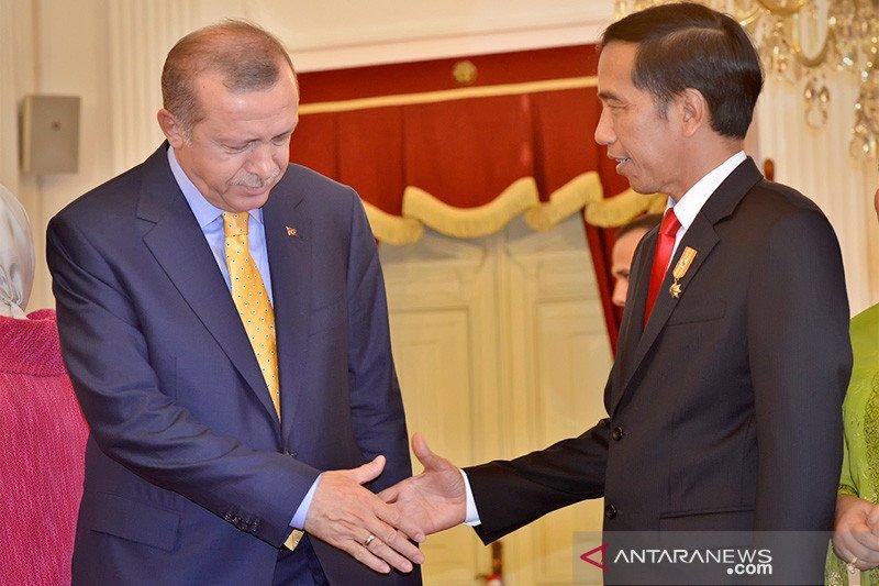 Presiden Jokowi ucapkan selamat Idul Adha ke Erdogan via telepon