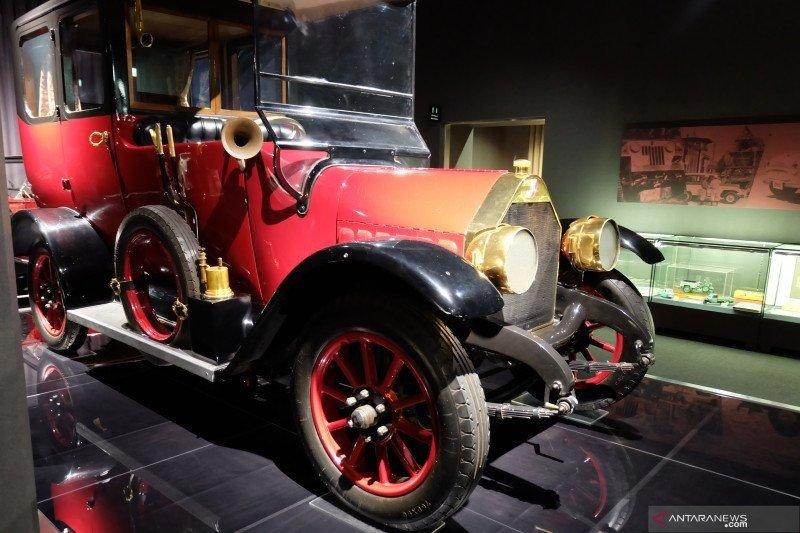Sejarah mobil pertama Mitsubishi, dibuat tahun 1917 pakai palu dan pahat