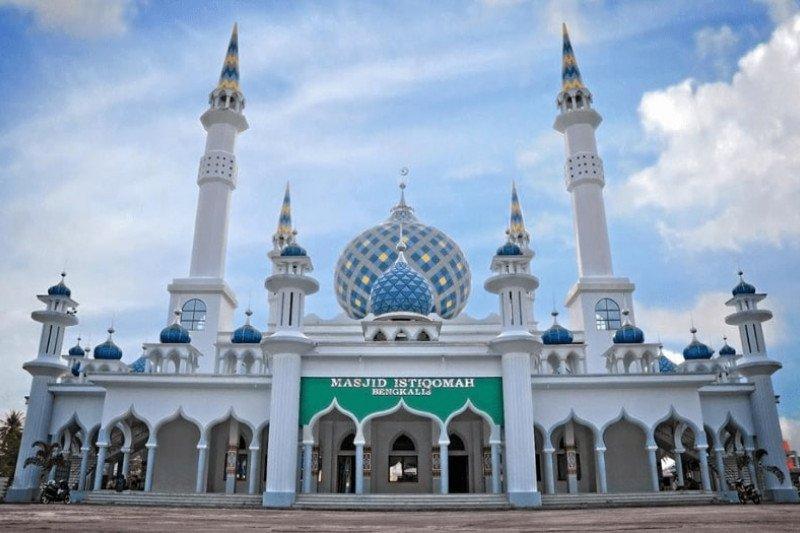 Mesjid Agung Istiqomah Bengkalis kembali dibuka untuk jamaah, begini penjelasannya