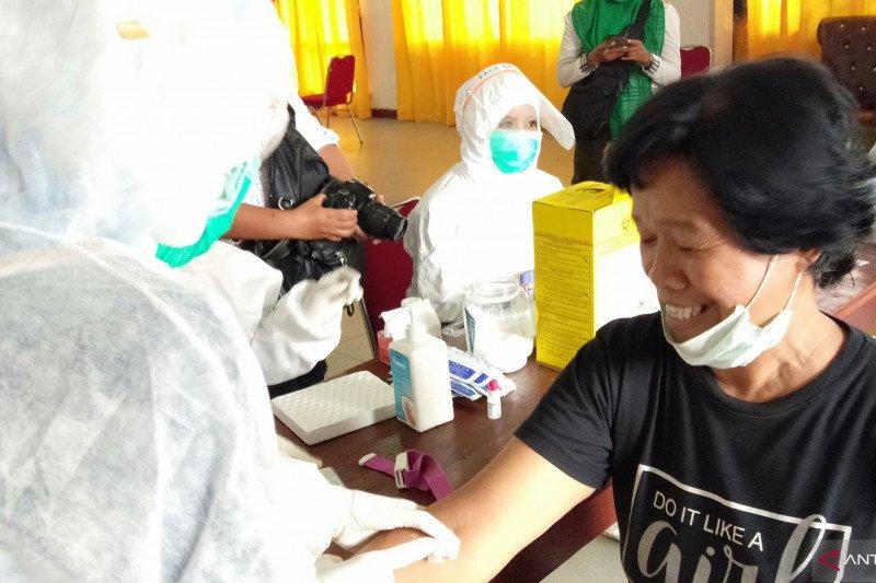 Kementerian Kesehatan pemeriksaan SWAB di Teluk Bintuni
