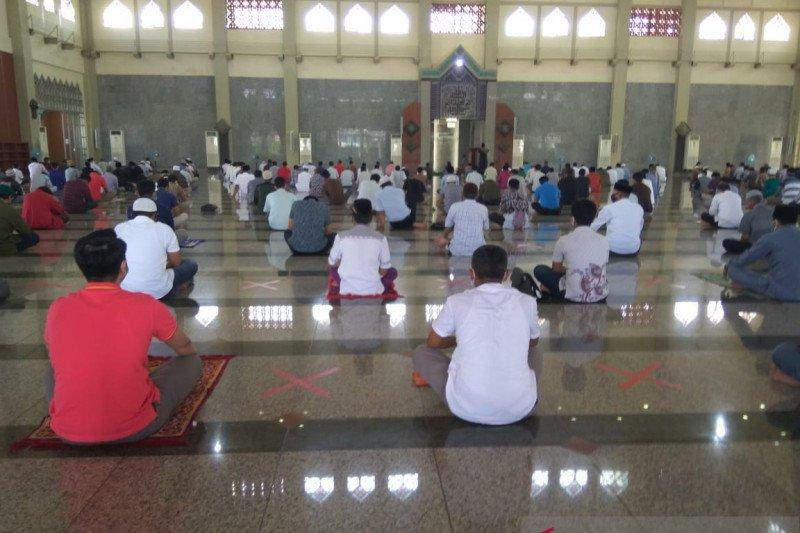 Masjid di Kota Batam mulai gelar Shalat Jumat