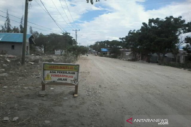 Jalan terdampak gempa bumi di Sigi mulai diaspal