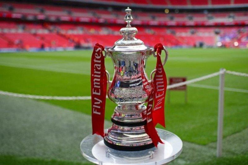 Laga Leyton kontra Tottenham Hotpurs dibatalkan