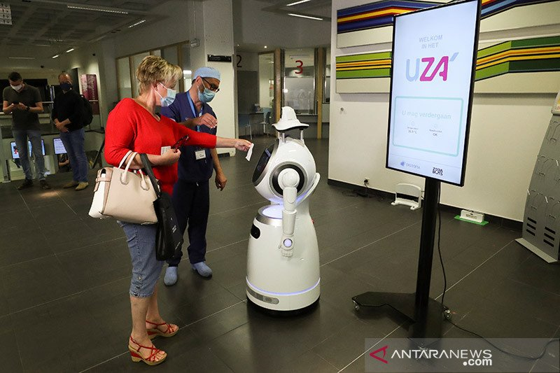 "Ilmuwan Denmark mengembangkan robot ""swab test"" COVID-19"