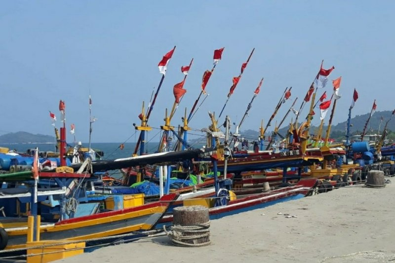 BMKG beri peringatan hujan badai di Lampung dan provinsi lain