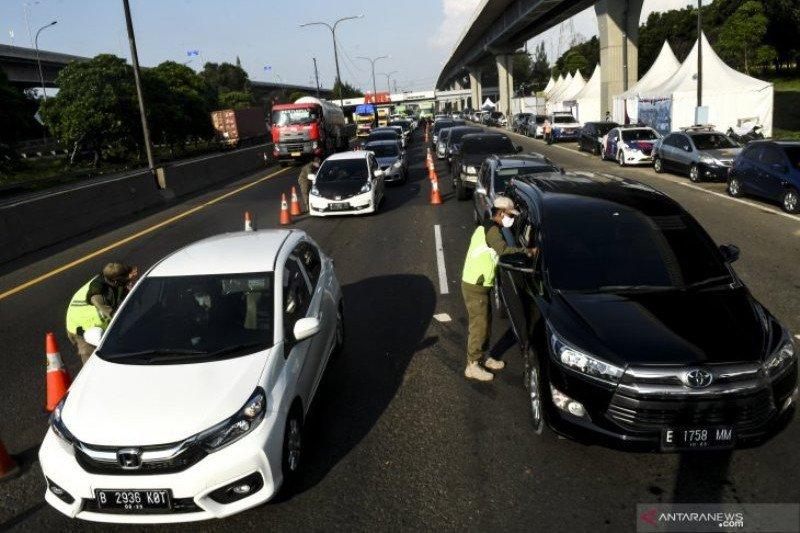 Polda Metro dan Polres Subang amankan suami istri terindikasi COVID-19 melarikan diri