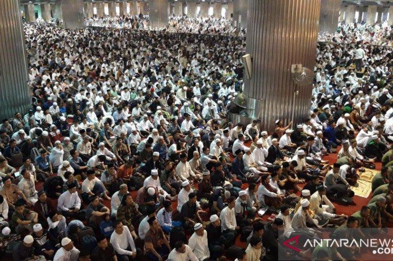 Dewan Masjid Indonesia: Kapasitas masjid 40 persen dari daya tampung saat normal baru
