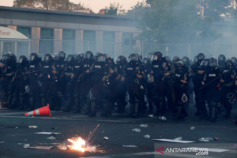 Aksi protes menyebar, Presiden Trump tidak akan ambil-alih Garda Nasional