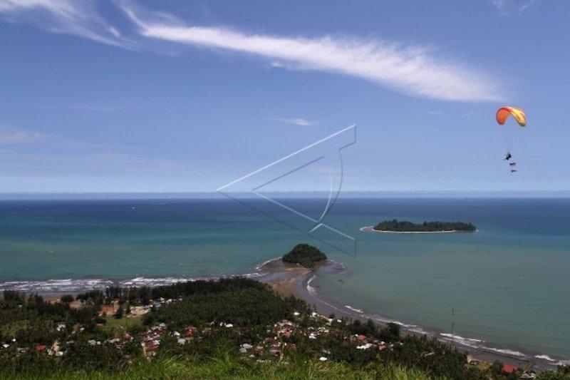 Pantai Air Manis dikelola oleh Perusda, dimulai di masa new normal