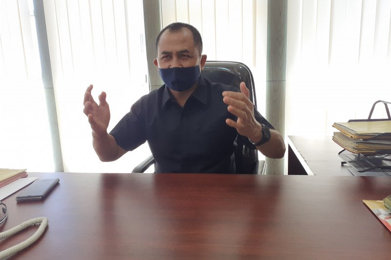 Bupati Solok Selatan nonaktif Muzni Zakaria dititipkan di Rutan Polda Sumbar (Video)