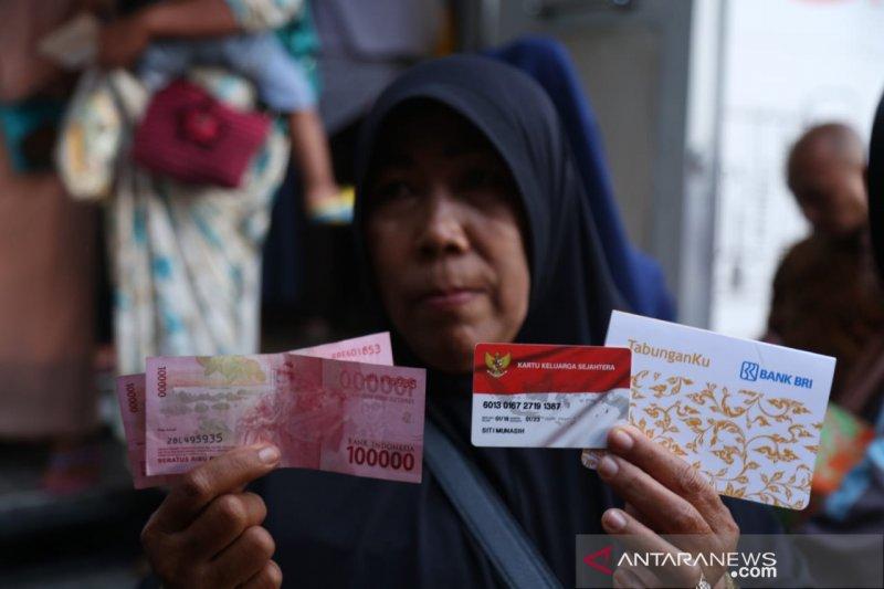 Mensos: Bansos PKH telah tersalurkan 100 persen hingga akhir Mei 2020