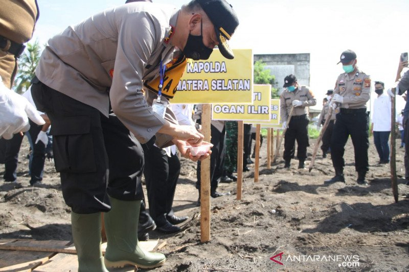 Kapolda Sumsel resmikan kampung tangkal COVID-19 di Desa Tanjung Gelam