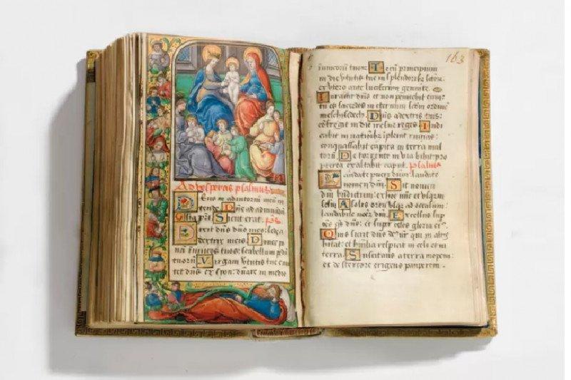 Buku doa mendiang Ratu Mary dari Skotlandia siap dilelang