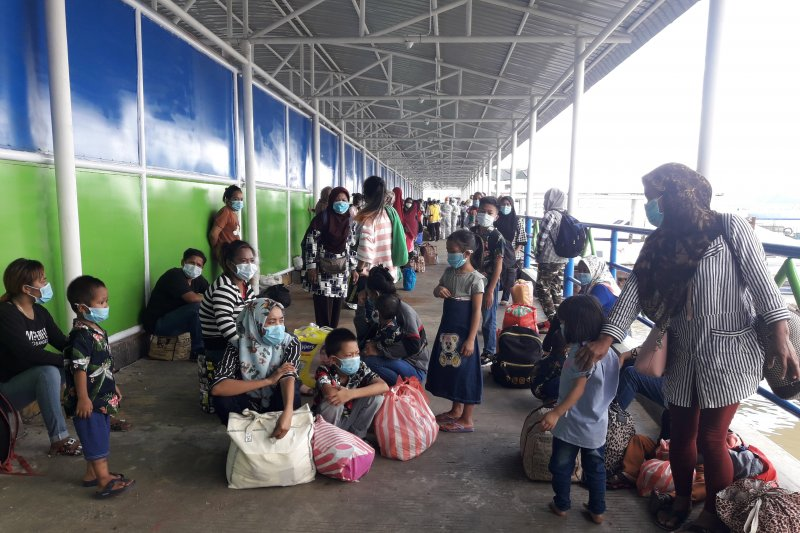 Ratusan TKI di Sabah dideportasi ke Nunukan di tengah pandemi COVID-19